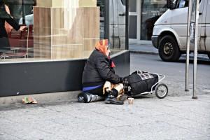 poverty-1423343_1920